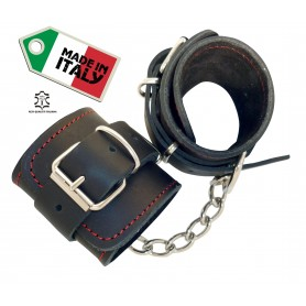 Manette sexy in pelle per bondage love moment